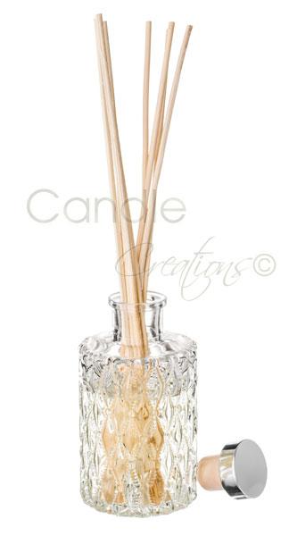Round Diamond Design Jar With Reeds